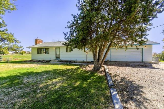 11483 W New Hope Rd, Star, ID 83669 (MLS #98691398) :: Boise River Realty