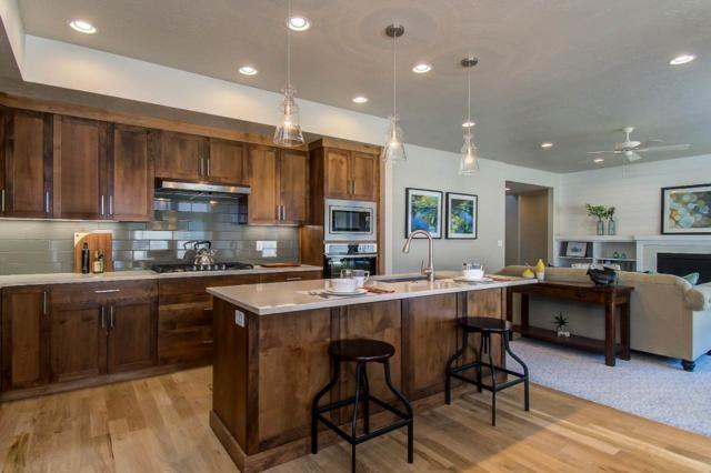 2872 Canonero Way, Boise, ID 83709 (MLS #98701328) :: Team One Group Real Estate