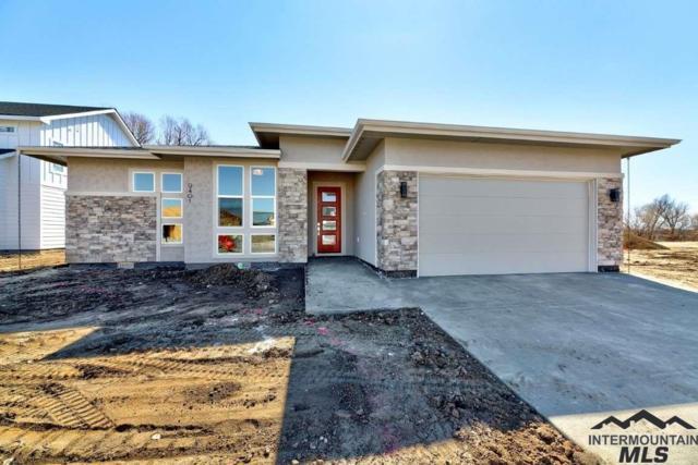 9401 W Suttle Lake Drive, Boise, ID 83714 (MLS #98709391) :: Bafundi Real Estate