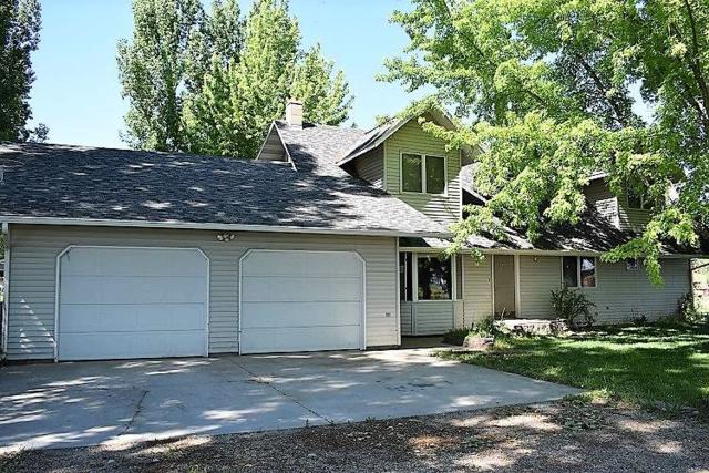716 NW 10th Ave, Payette, ID 83661 (MLS #98713856) :: Epic Realty