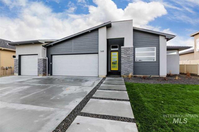 632 W Oak View Dr, Meridian, ID 83642 (MLS #98715341) :: Jackie Rudolph Real Estate