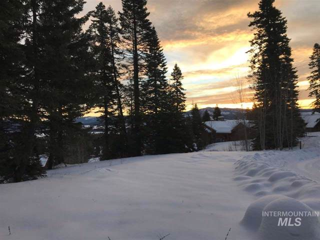 414 Sugarloaf Place, Donnelly, ID 83615 (MLS #98715956) :: Build Idaho
