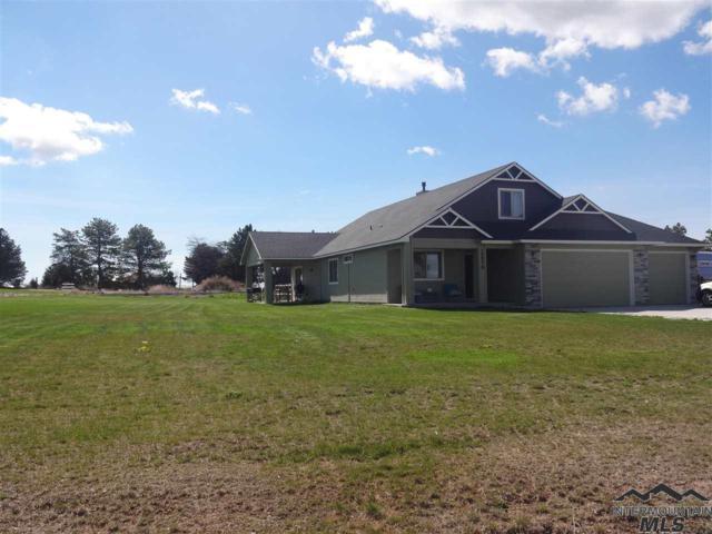 15579 Whispering Pine Ct, Caldwell, ID 83607 (MLS #98717169) :: Jon Gosche Real Estate, LLC