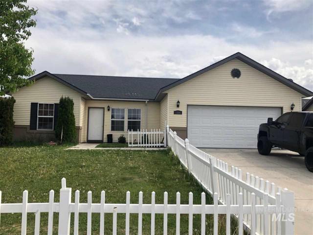 1564 Vista Drive, Twin Falls, ID 83301 (MLS #98718967) :: Jon Gosche Real Estate, LLC