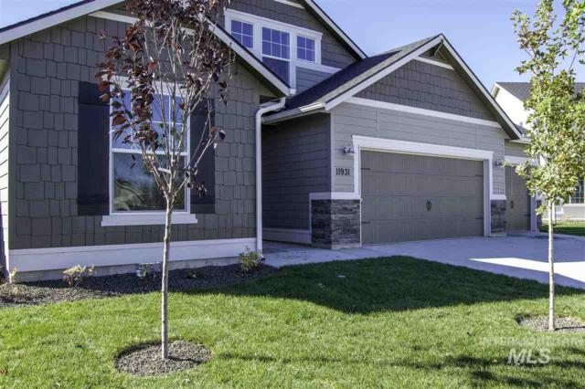 5272 N Maplestone Ave, Meridian, ID 83646 (MLS #98721356) :: New View Team