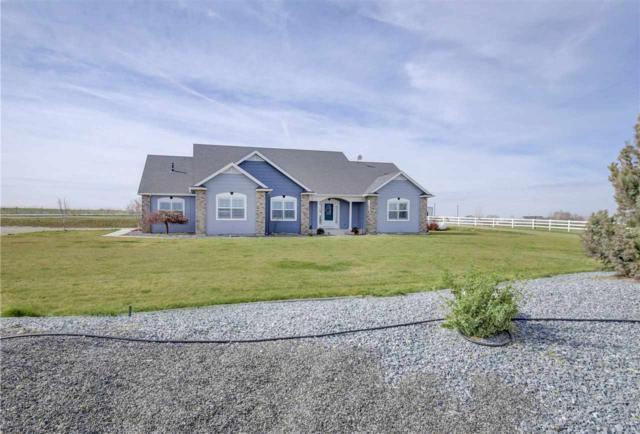 9075 S Greenhurst, Kuna, ID 83634 (MLS #98722743) :: Full Sail Real Estate