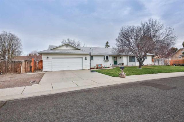2345 Sherwood Drive, Twin Falls, ID 83301 (MLS #98723140) :: Bafundi Real Estate