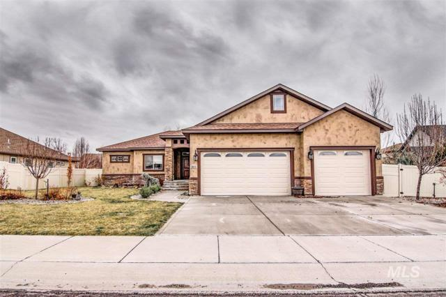 2211 Canyon Trail Way, Twin Falls, ID 83301 (MLS #98723409) :: Jackie Rudolph Real Estate