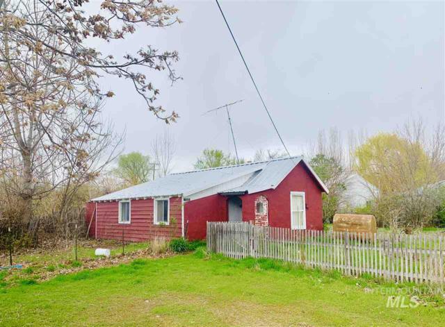 1505 Boise Ave, Caldwell, ID 83605 (MLS #98725273) :: Jon Gosche Real Estate, LLC