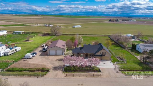 11774 Lawrence Dr, Caldwell, ID 83607 (MLS #98726174) :: Full Sail Real Estate