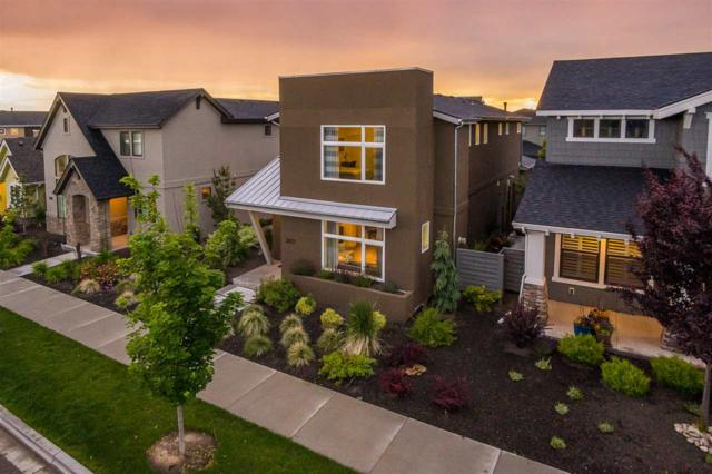 3077 S Shadywood Way, Boise, ID 83716 (MLS #98731585) :: Full Sail Real Estate