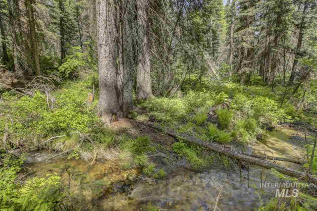 1752 Grouse Trail, Donnelly, ID 83615 (MLS #98733303) :: Bafundi Real Estate