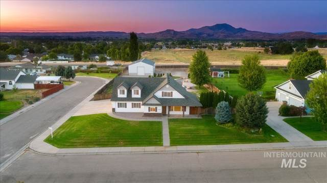 3000 Windfall Circle, Emmett, ID 83617 (MLS #98741286) :: Boise River Realty