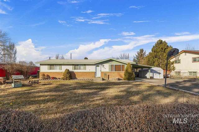 380 W 4th, Wendell, ID 83355 (MLS #98757708) :: 208 Real Estate
