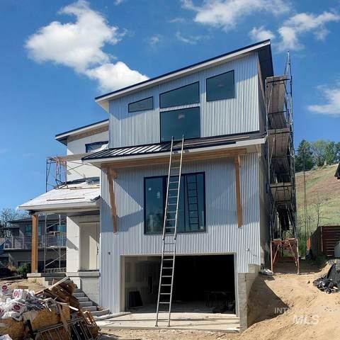 420 Sherman, Boise, ID 83702 (MLS #98760822) :: City of Trees Real Estate