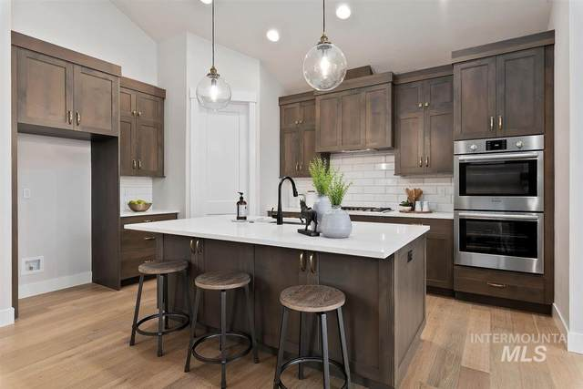 1339 N Palaestra Ave, Eagle, ID 83616 (MLS #98761182) :: Michael Ryan Real Estate