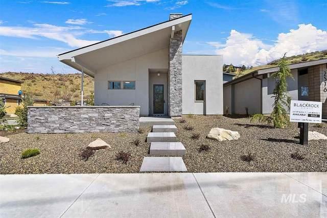 2574 E Warm Springs Ave, Boise, ID 83712 (MLS #98762950) :: Jon Gosche Real Estate, LLC