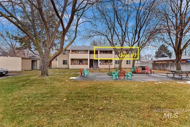 6915 W Colehaven Ln, Boise, ID 83704 (MLS #98789278) :: Boise Home Pros