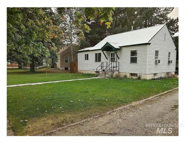 407 N Birch Street, Shoshone, ID 83352 (MLS #98790602) :: Boise River Realty