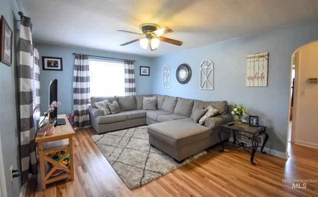 910 Riverview Blvd, Clarkston, WA 99403 (MLS #98797331) :: Michael Ryan Real Estate