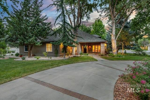 9316 N Pebble Falls Lane, Boise, ID 83714 (MLS #98806287) :: New View Team