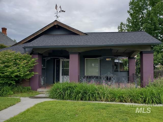407 2nd Ave, Lewiston, ID 83501 (MLS #98806721) :: City of Trees Real Estate