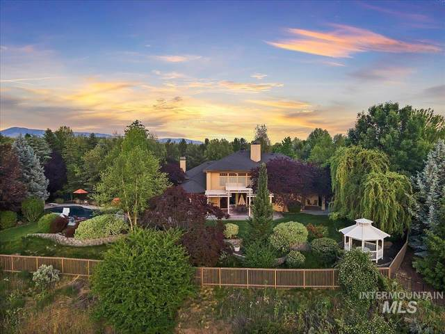 2151 N Greenview Court, Eagle, ID 83616 (MLS #98806740) :: Build Idaho