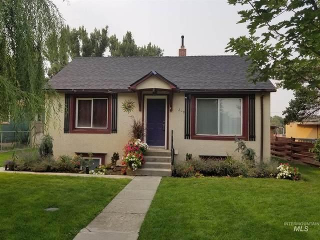 209 E Montana, Homedale, ID 83628 (MLS #98809778) :: Silvercreek Realty Group