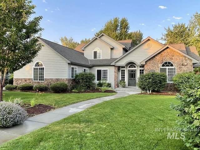 2727 N Lake Harbor Ln, Boise, ID 83703 (MLS #98810450) :: Jon Gosche Real Estate, LLC