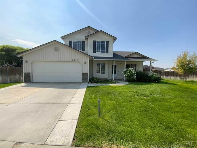 1975 W Lake Pointe, Nampa, ID 83651 (MLS #98811915) :: Scott Swan Real Estate Group