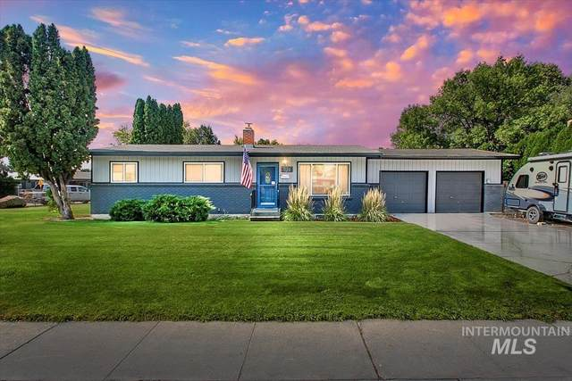 6825 W Brentwood Dr, Boise, ID 83709 (MLS #98818067) :: City of Trees Real Estate