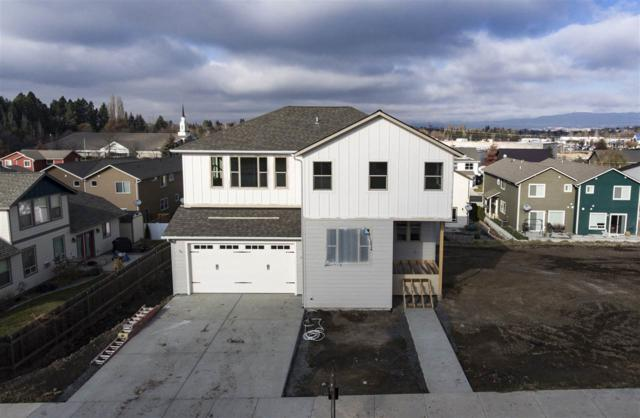 1012 Aponi Place, Moscow, ID 83843 (MLS #98706370) :: Team One Group Real Estate