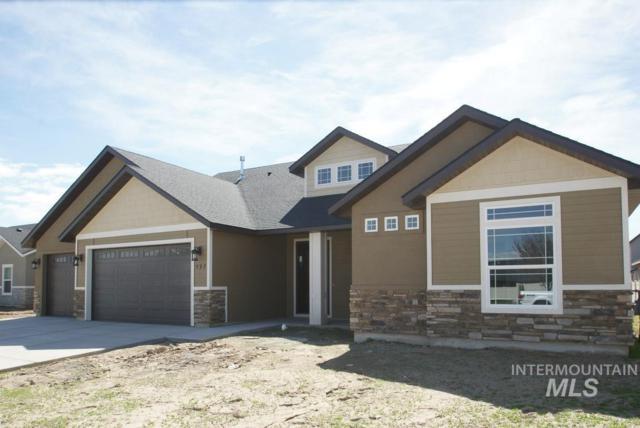 597 Smithwick, Twin Falls, ID 83301 (MLS #98707020) :: Jackie Rudolph Real Estate