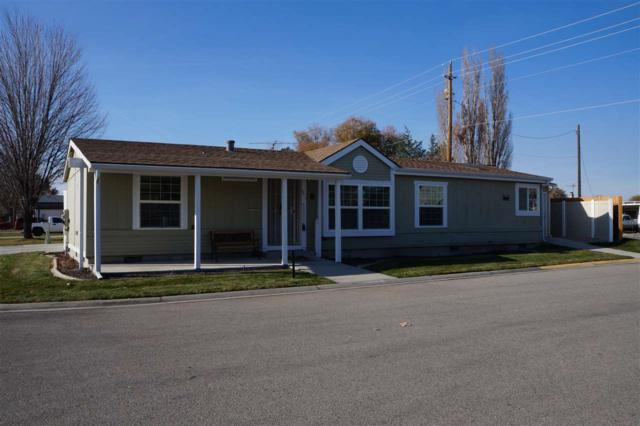 1301 S Constitution Ln, Emmett, ID 83617 (MLS #98710673) :: Jackie Rudolph Real Estate