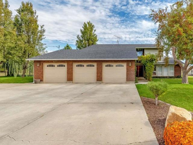 8090 W Moon Valley Road, Eagle, ID 83616 (MLS #98712689) :: New View Team