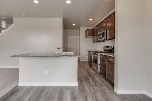 128 N Sevenoaks Ave, Eagle, ID 83616 (MLS #98722186) :: Jon Gosche Real Estate, LLC