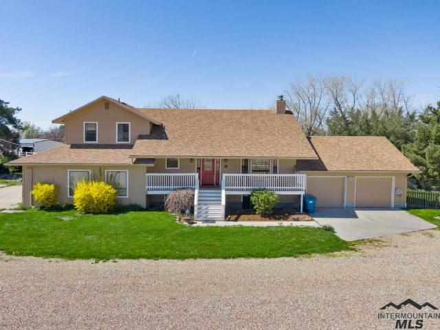 10781 S Cloverdale, Kuna, ID 83634 (MLS #98722841) :: Full Sail Real Estate