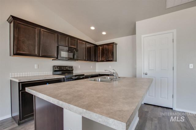 209 W Snowy Owl St., Kuna, ID 83634 (MLS #98723358) :: Jon Gosche Real Estate, LLC
