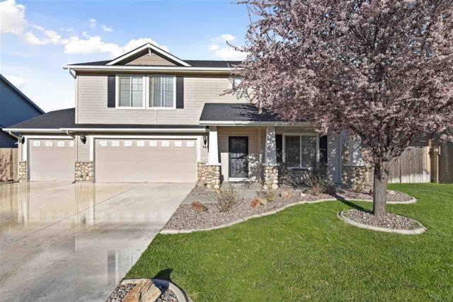 3485 N Pescado Way, Meridian, ID 83646 (MLS #98726141) :: Team One Group Real Estate