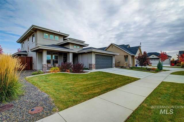 5960 N Eynsford Avenue, Meridian, ID 83646 (MLS #98747982) :: Givens Group Real Estate