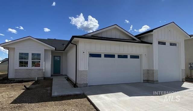11717 W Soaring Hawks Court, Star, ID 83669 (MLS #98761387) :: Story Real Estate