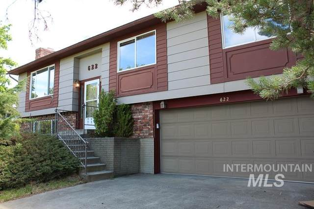 622 Indian Hills Drive, Moscow, ID 83843 (MLS #98787130) :: Beasley Realty
