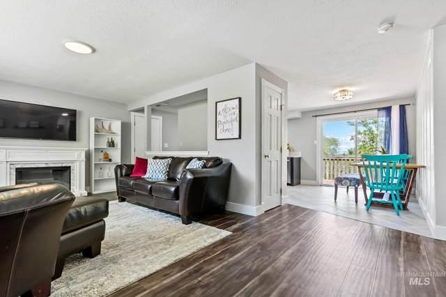 10034 W Fox Ridge Drive, Boise, ID 83709 (MLS #98804458) :: Story Real Estate