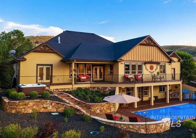 2294 W Winter Camp Dr, Boise, ID 83703 (MLS #98809465) :: Minegar Gamble Premier Real Estate Services