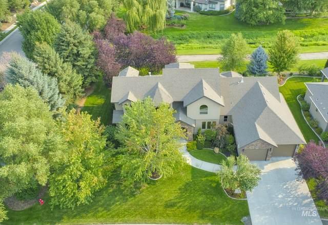 12160 W Pinewood River Lane, Star, ID 83669 (MLS #98816440) :: Idaho Life Real Estate