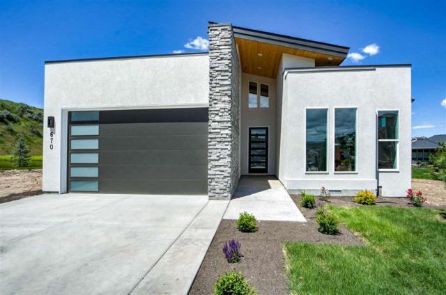 670 E Brooktrail Lane, Eagle, ID 83616 (MLS #98721257) :: Juniper Realty Group