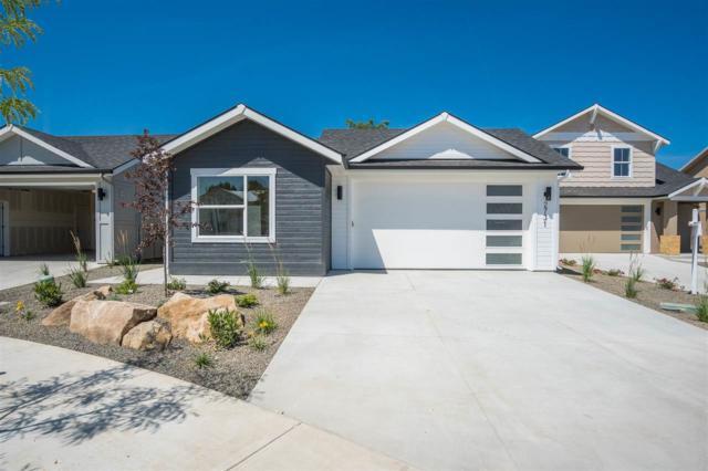 2731 N Carmen Ave, Boise, ID 83704 (MLS #98724867) :: Boise River Realty