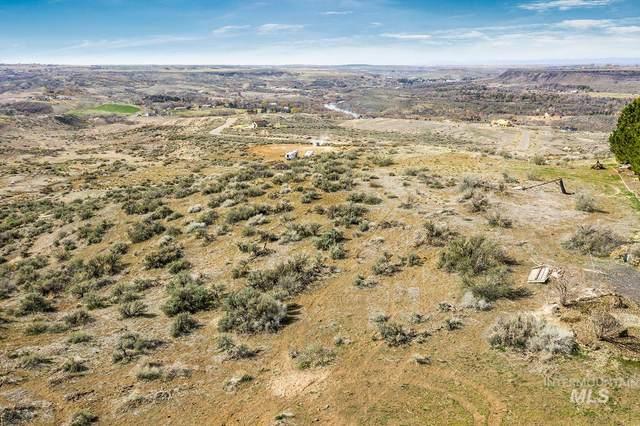 4507 Snake River Mesa, Buhl, ID 83316 (MLS #98798374) :: Beasley Realty