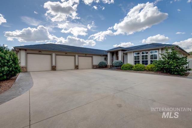 3925 N Hackberry Way, Boise, ID 83702 (MLS #98686868) :: Jackie Rudolph Real Estate