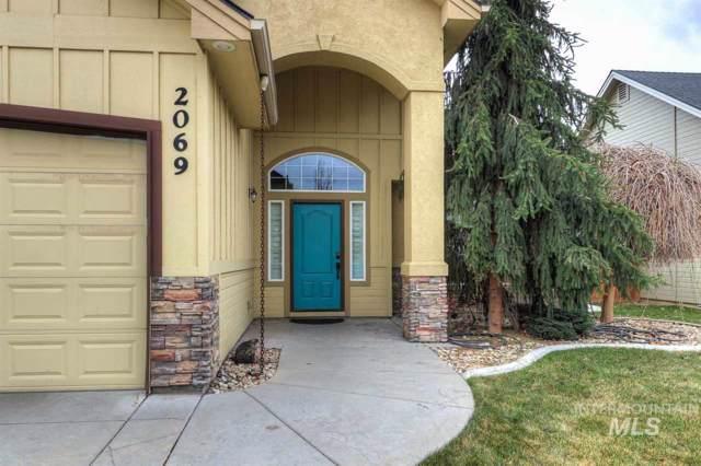 2069 W Boulder Bar Dr, Meridian, ID 83646 (MLS #98749541) :: Beasley Realty